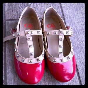GB red shoes